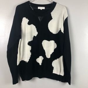 VINCE CAMUTO | comfortable black and white sweater